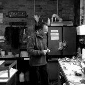 Gil-Paris-in-the-studio-1020x574